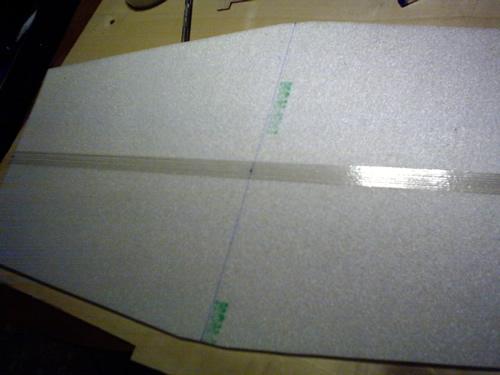Nastro fibrato sul bordo di entrata