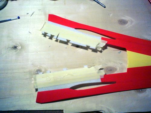 Zona di giunzione della fusoliera ricoperta con nastro carta